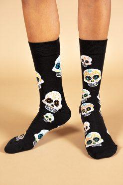גרביים בעיצוב גולגולת קעקוע