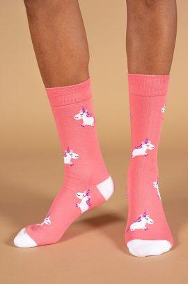 גרביים בעיצוב חד קרן