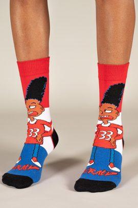 גרביים בעיצוב ג׳ראלד מהיי ארנולד